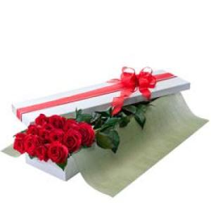 Seduction 200 - 1 dozen long stem red roses in presentation box